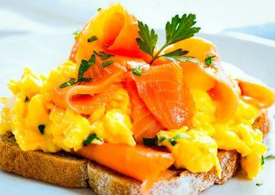 Eggs with smoked salmon